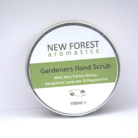 Gardeners hand scrub web 2