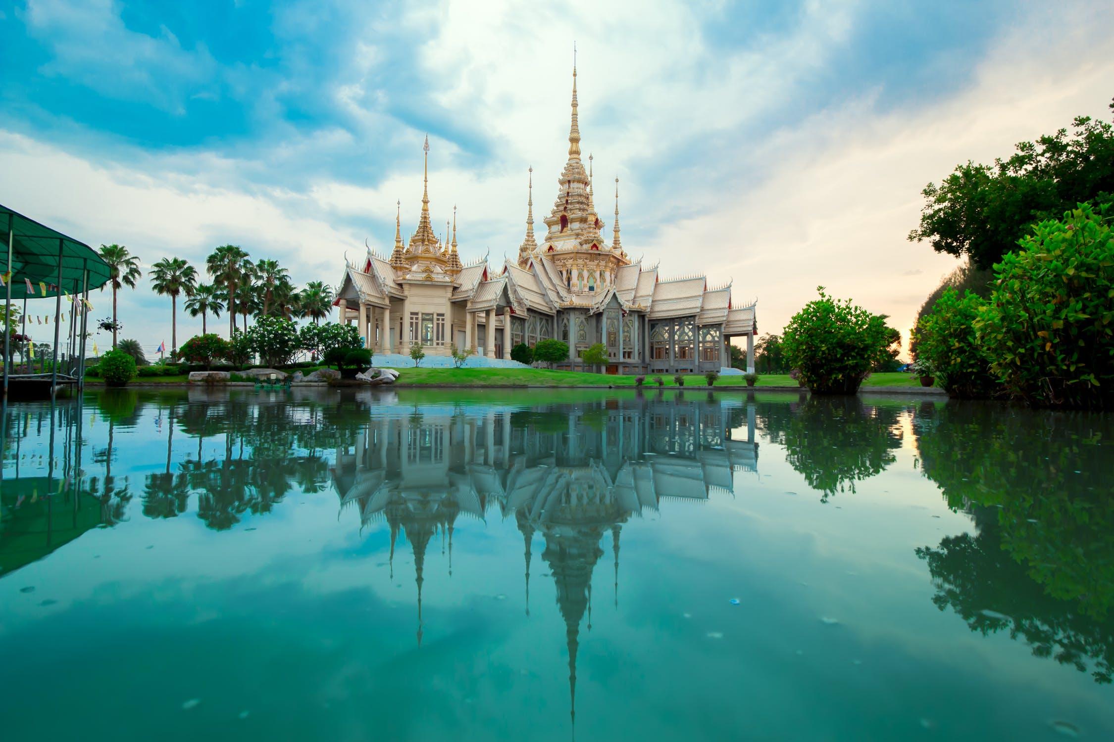 A hint of Thailand